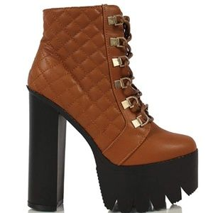 BUMPER FAUX LEATHER HIGH PLATFORM ANKLE BOOTIES